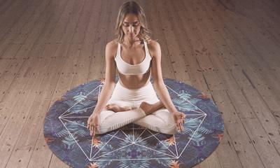 Yoga vignette 2