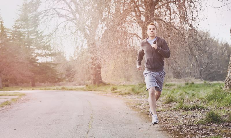 Courir à jeun le matin : quels avantages